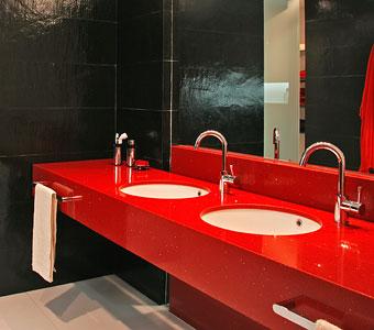 Encimeras de cocina y baño: Silestone – Compac Quarz – LG – Corian – Krion